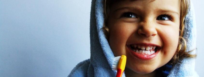 Kinder Zahnputztraining